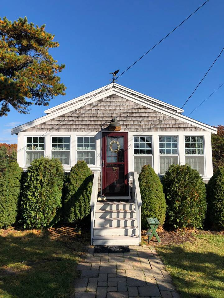 The Sandpiper Cottage at Goose Rocks Beach